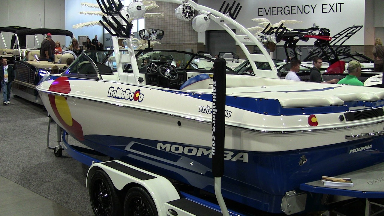 2014_moomba_colorado_edition
